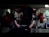 Bench press 100 kg x 25 reps