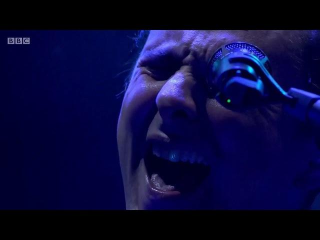 Muse - Showbiz (Ashamed Outro) Live Reading Festival 2017