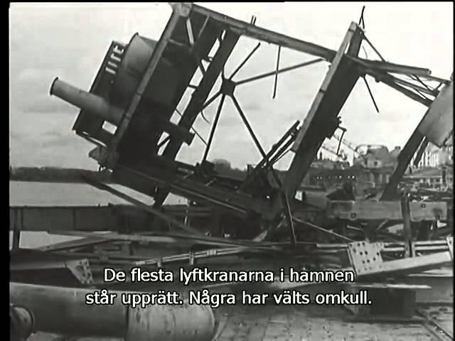№9 2 5 09 1941 Выборг Захват Флаг поднят на башню замка Парад