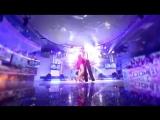 Тата Абрамсон и другие участники танцуют танго