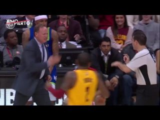 Mike Budenholzer Gets T'd Up (March 3, 2017)