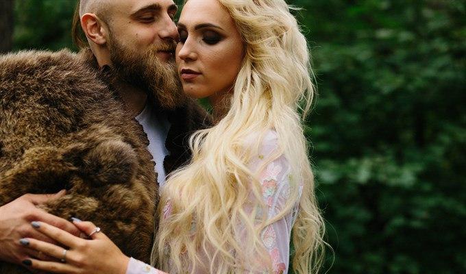 Конунг и его возлюбленная: свадьба в стиле викингов по-томски