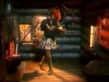 Песня Бабы Яги: Я облик сложившийся быстро разрушу, прошу заглянуть в мою чистую душу (Новогодние приключения Маши и Вити, 1975)