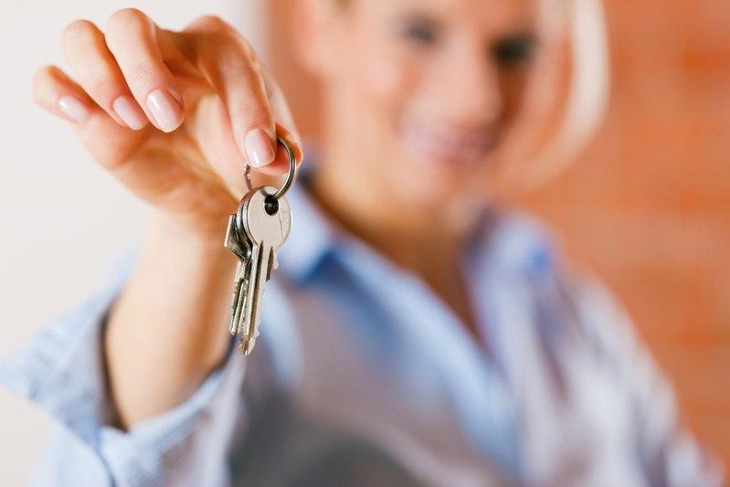 Томичка получила 2,5 года колонии за сдачу туристам чужих квартир на курортах РФ
