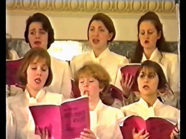 «Ох, ты, неверный» (Яков Дубравин - Виктор Гин), поёт женский хор института культуры