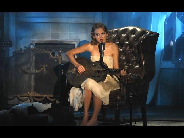 Innocent - Taylor Swift live 2010 mtv