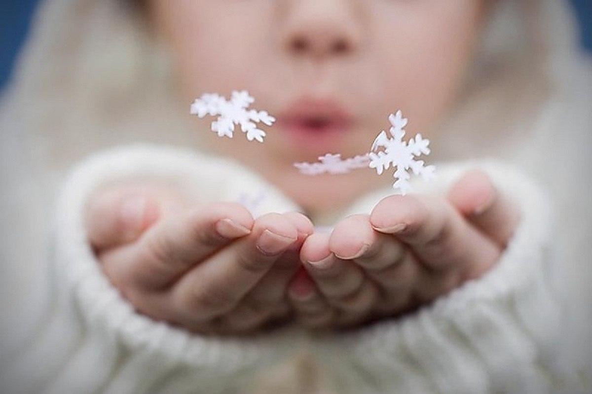 с сдувать картинки снег ладошек