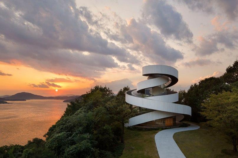 Ribbon Chapel / Hiroshi Nakamura