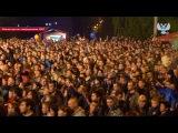 Вадим Самойлов исполнил новую песню на концерте в Донецке. 9 мая 2017