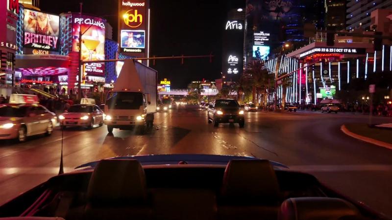 I'm in South Las Vegas Boulevard, Clark County, Nevada. Я в Лас Вегасе, Южный бульвар, штат Невада.