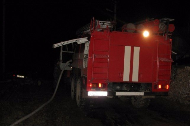 В Таганроге на улице Чапаева горел частный жилой дом, есть пострадавший