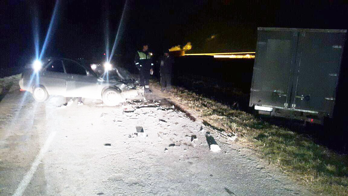 Под Таганрогом дорогу не поделили водители «ГАЗели» и «десятки»