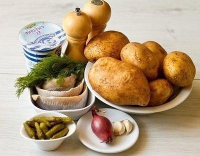 Печеный картофель с селедочным соусом Ингредиенты на 6