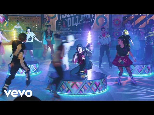 Elenco de Soy Luna - Vuelo (Soy Luna Momento MusicalFiesta de Disfraces)