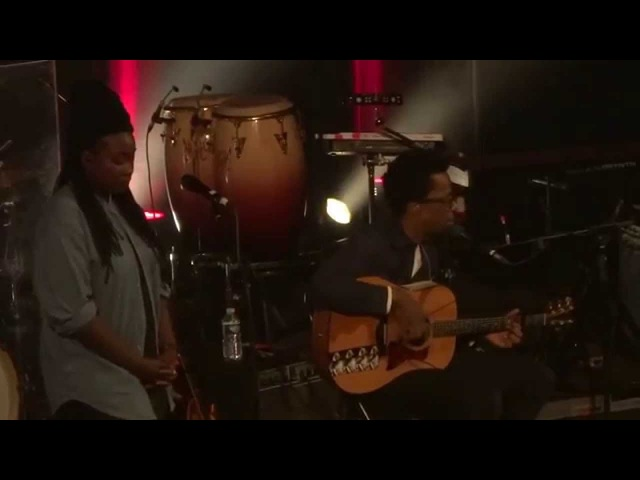 The Cinematic Orchestra (feat. Tawiah Grey Reverend) - To Build A Home (HD) Live In Paris 2015