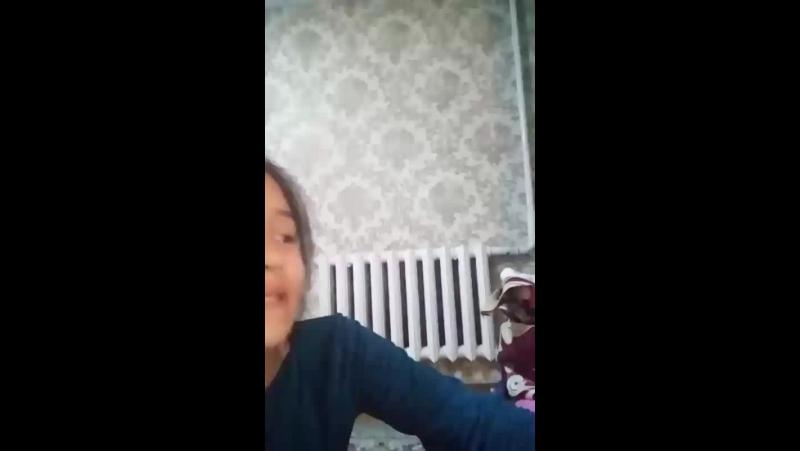 Aisha Ernat - Live
