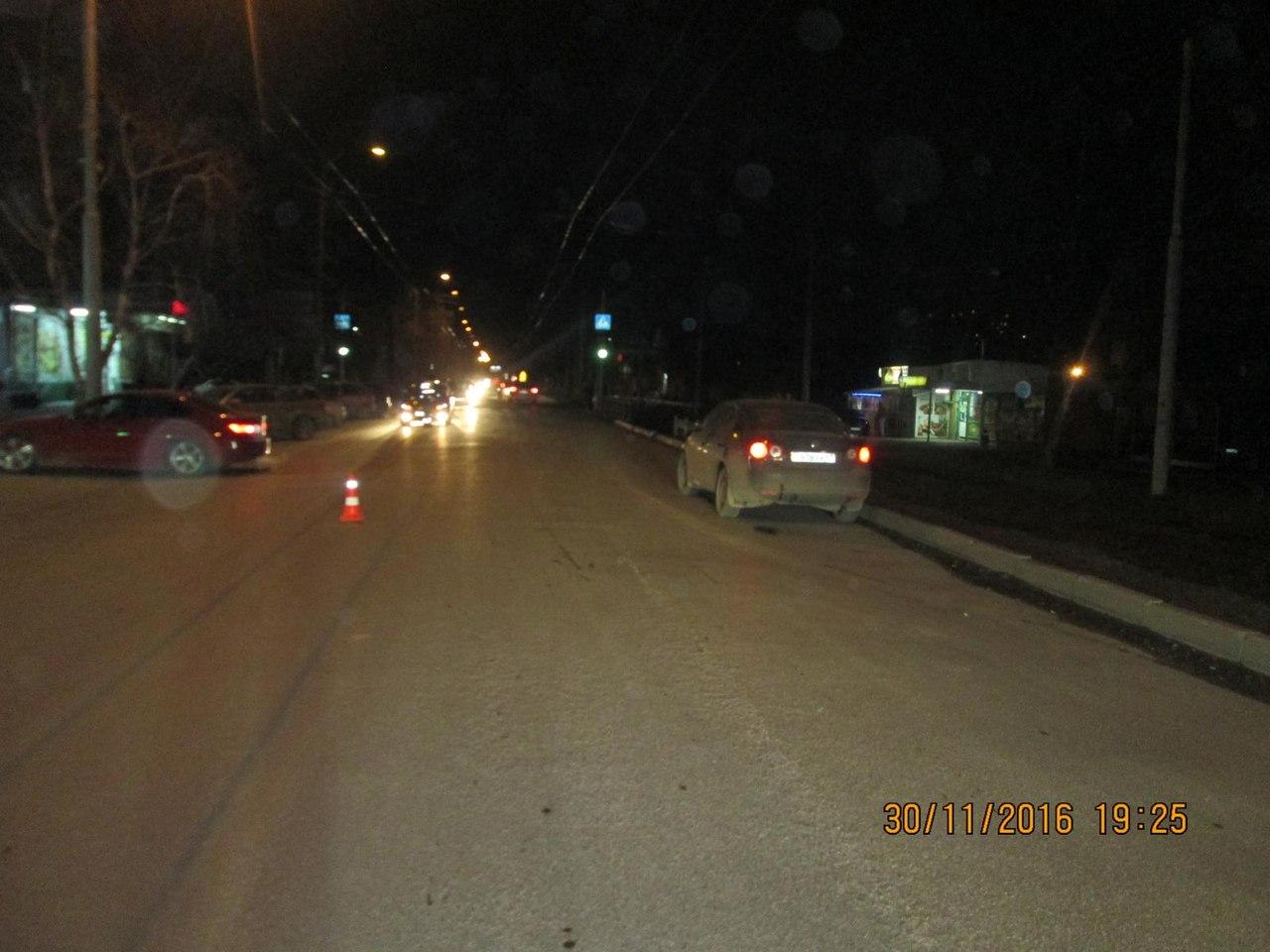 В Таганроге на улице Ленина водитель BMW сбил пешехода