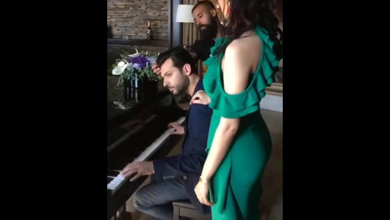 Video by iman elbani BXQUdTqgiYg