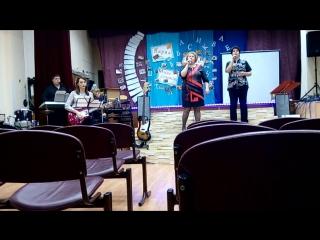 ВИА Учителей Идрицкой СОШ - Синий иней (репетиция)