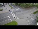 Компания молодых людей устроила драку на дороге в центре Петрозаводска