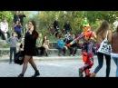 Уличный Клоун Отжигает по полной Street Clown Annealed to the full
