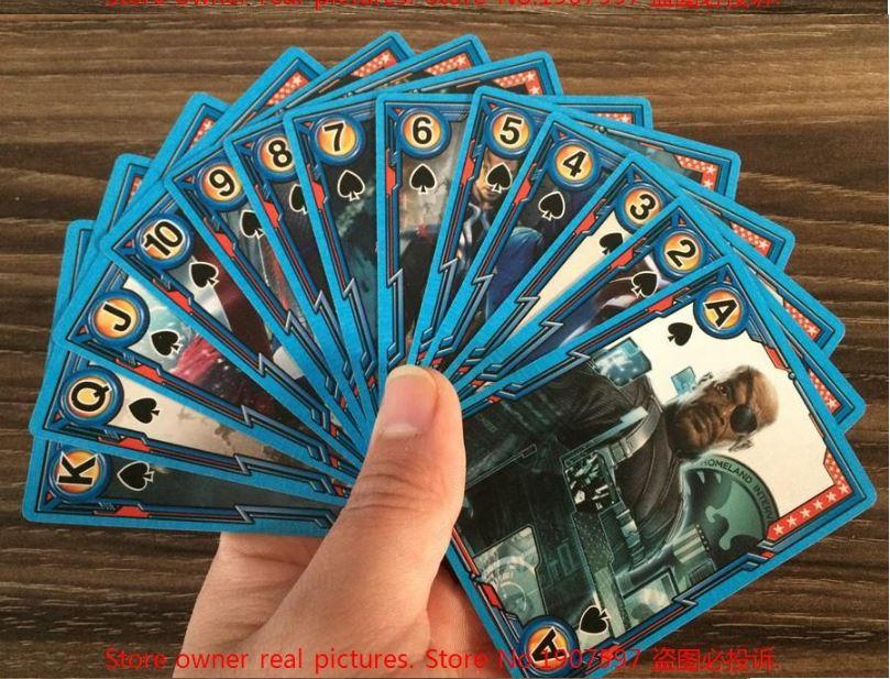 Игральные карты с персонажами Avengers
