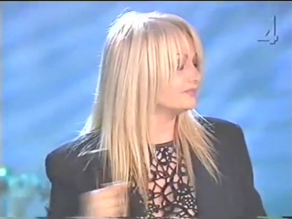 Королева рока: bonnie tyler: i still haven't found what i'm looking for live 2004 54 года