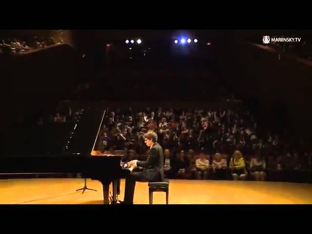 Lucas Debargue (piano) - Gaspard de la nuit