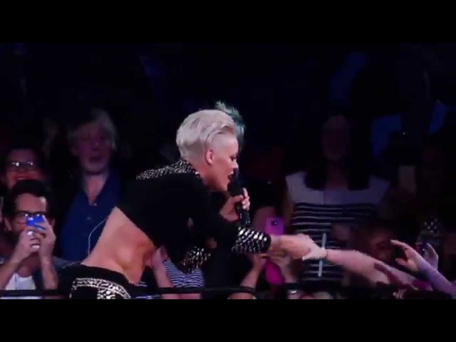 P!nk U Ur Hand DVD Live From Melbourne