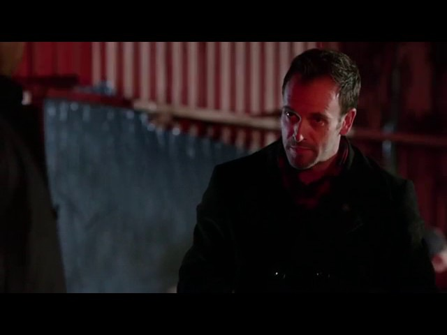 Шерлок Холмс - дедукция наблюдения и анализ