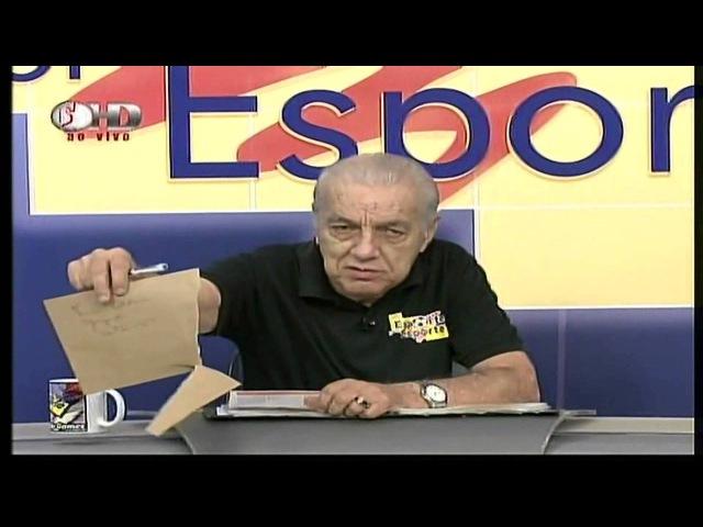 Armando Gomes rasga coluna de jornal no ar
