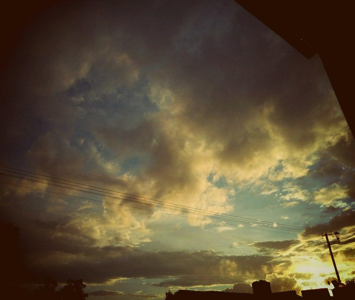 После сегодняшних дождей, приятный закат