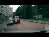 Девушки за рулем (подборка)