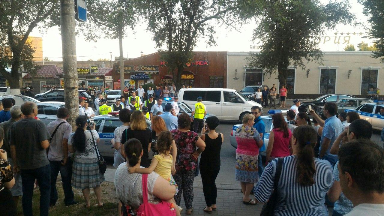 На трассе «Ростов-Таганрог» полицейский в упор расстрелял бывшую жену и тестя