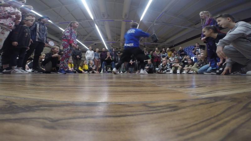 Оливия vs Иван Булохов (win ) 1/8 FINAL | Hip Hop battle | Kids 9-11 лет