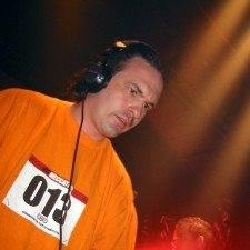 DJ Buzz Fuzz