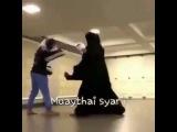 Арабская девушка занимается боксом 2017Arab girl boxing 2017