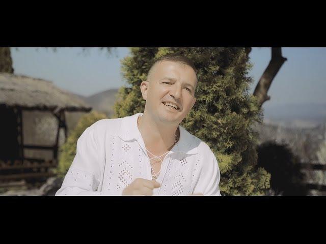 Calin Crisan - Mandra cu sobita mica (Videoclip Oficial) NOU 2017