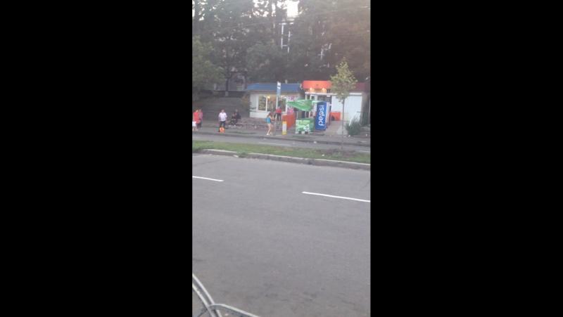 Уличный стриптис города Киэв