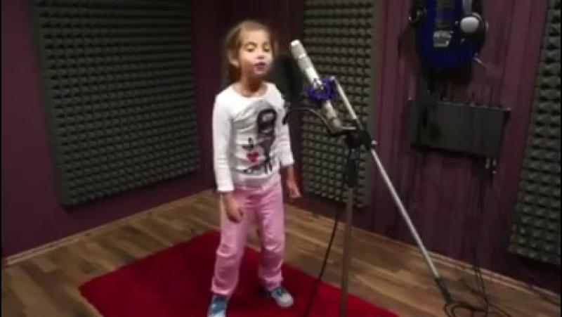 Alexandra Deliu - Hot right now (In the style of Rita Ora Dj Fresh)