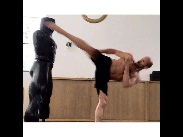 Jason Statham - New Training`s (Martial arts) -(Workout)
