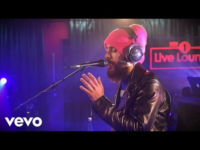Thirty Seconds To Mars - The Tribute Song in the Live Lounge