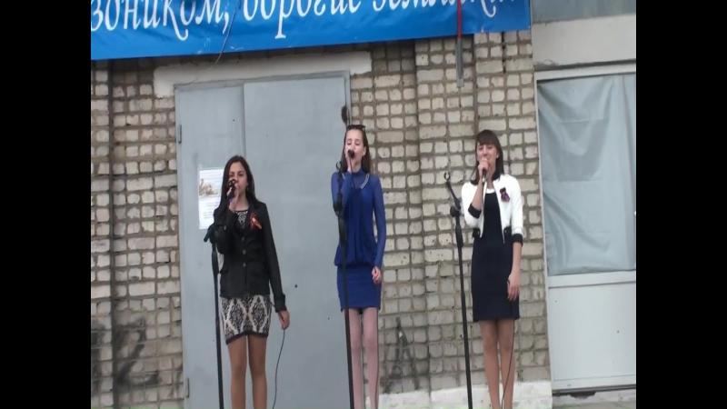 2017.05.11_Д.К.-в Александровке день республики