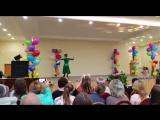 Танец Ильи и Вики для мам школы N2