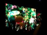 Начало..флешмоб с шарами в цвет флага Украины! снято плохо,тк весь зал взорвало эмоциями))