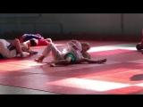5-летняя Агата Колесова на тренировке по дзюдо