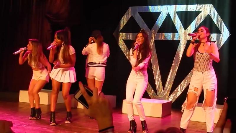 Выступление с песней «Leave My Heart Out Of This» на концерте в рамках тура «5th Times a Charm Tour» (12 июня 2014 года)