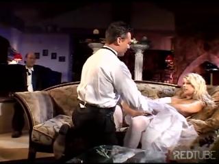 первая брачная ночь у арабов видео этого высера