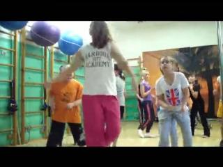5 Видео с урока ХИП-ХОП для ДеТей  (720) УлИчНыЕ тАнЦы  для детей 6-12 лет