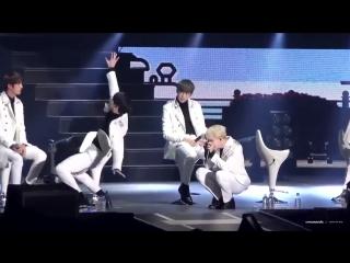 [FANCAM] 161128 Jungkook imitating Hoseok's 'Boy Meets Evil' choreography ft. extra Yoongi camera man Jimin (BTS) @ BTS Japan Fa